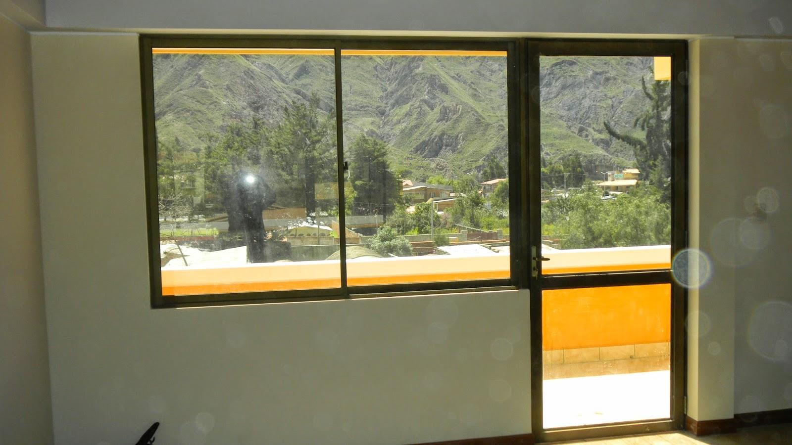 Ventanas y puertas de aluminio vidrieria ct for Casas con puertas de vidrio